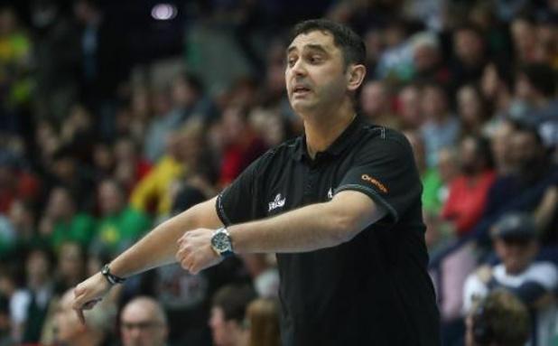 Dario Gjergja blijft vijf jaar langer coach van Oostende