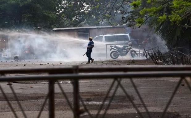 Hevige rellen aan parlement in Paraguay