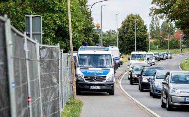 La police allemande poursuit ses fouilles dans un jardin ouvrier à Hanovre