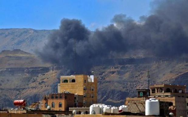 Coalitie bestookt Houthi-doelwitten in Jemen