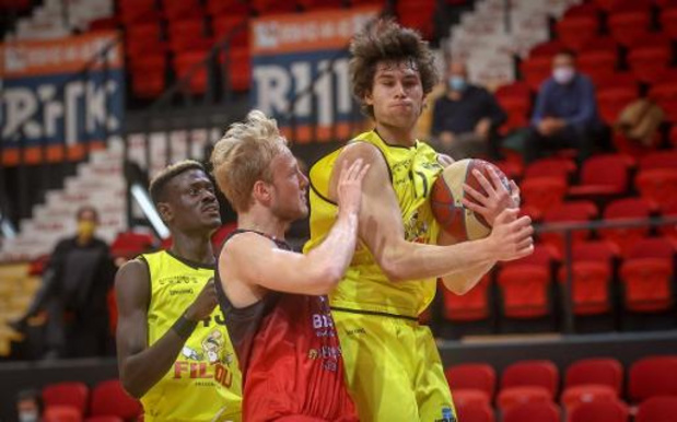 Euromillions Basket League - Oostende te sterk voor Charleroi in Clasico