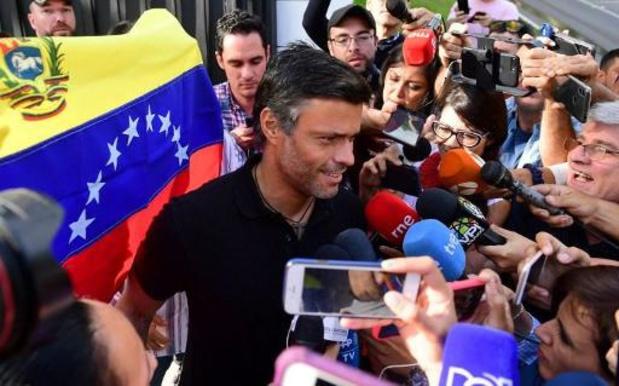 Vooraanstaande Venezolaanse oppositieleider op weg naar Spanje