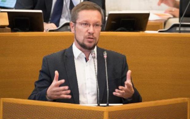 CdH en PVDA vragen dringend bijeenroeping commissie Lokale Besturen over verkoop VOO