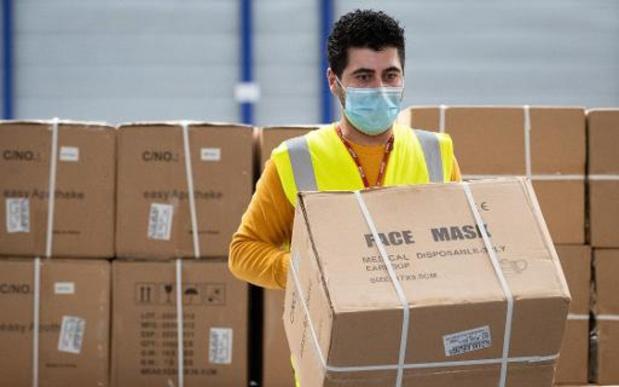 Masques buccaux: encore trop d'écarts de prix, estime Test Achats