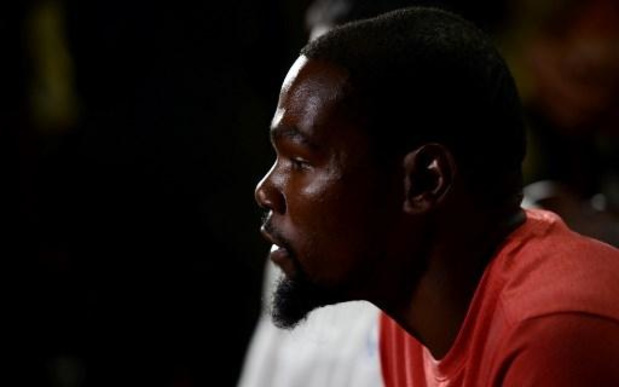 Kevin Durant loodst Brooklyn naar de zege tegen Phoenix