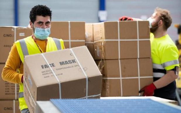 Quelque 10.000 masques transparents lavables attendus début octobre en Wallonie