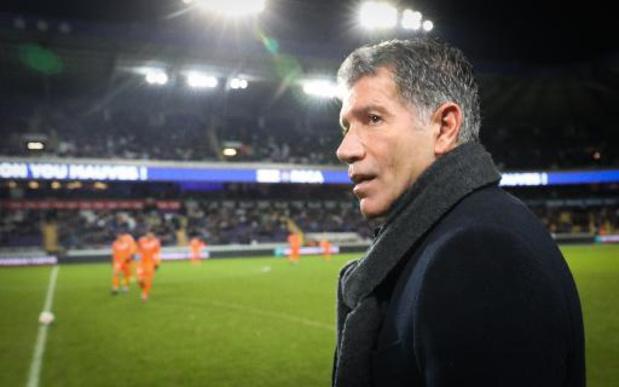 Moeskroen stelt Enzo Scifo voor als nieuwe coach