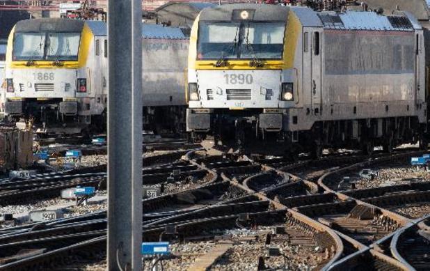 """Tests met """"Kust-Express""""-treinen vlot verlopen, nu grondig evalueren"""