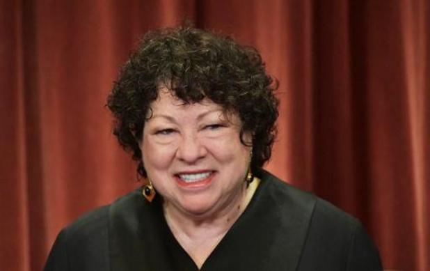 Trump trekt van leer tegen twee liberale rechters van Hooggerechtshof