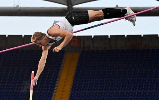 Ben Broeders stelt eigen Belgisch record polsstokspringen vier centimeter scherper