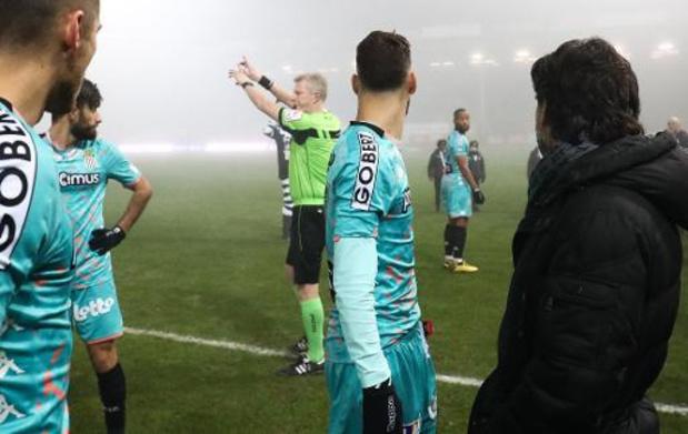 Jupiler Pro League - Charleroi/FC Malines, arrêté en raison du brouillard, sera repris du début le 4 février