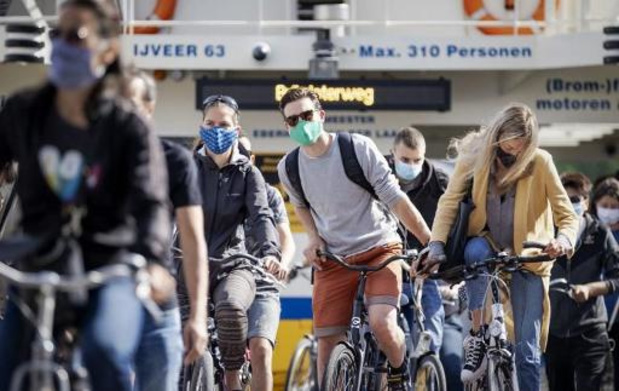Aantal nieuwe besmettingen bijna verdubbeld in Nederland