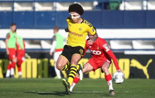 Standard houdt nul tegen Witsel en co, STVV wint van het Schalke van Raman