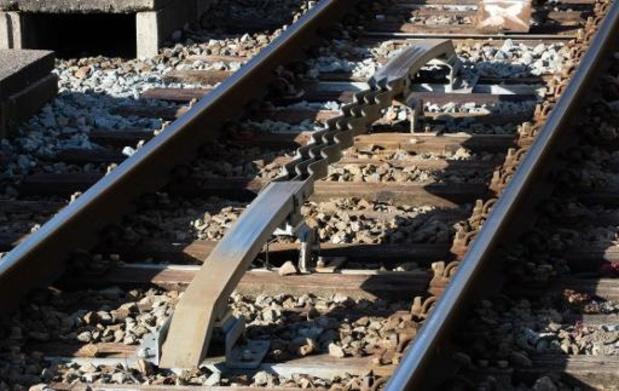 Infrabel start opfrisbeurt van spoor tussen Ronse en Oudenaarde