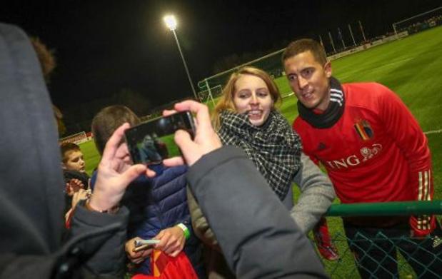 Belgische voetbalbond laat vier fans opnieuw als echte VIP's wedstrijd beleven