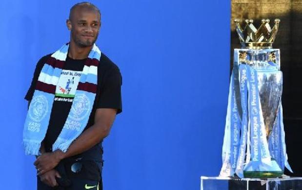 Premier League - Manchester City dévoile les statues de Vincent Kompany et David Silva