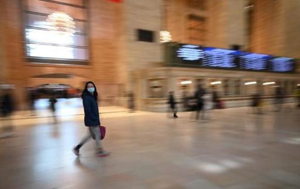 Mondmasker vanaf dinsdag verplicht op openbaar vervoer in VS