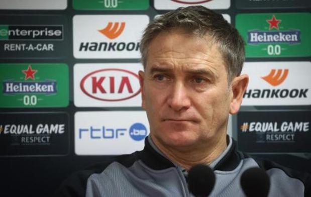 """Le Standard jouera avec sa """"fierté"""" face au Lech Poznan, assure Philippe Montanier"""