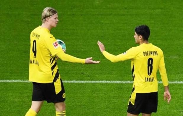 Belgen in het buitenland - Borussia Dortmund bereidt duel tegen Club Brugge voor met 2-5 zege bij Hertha Berlijn