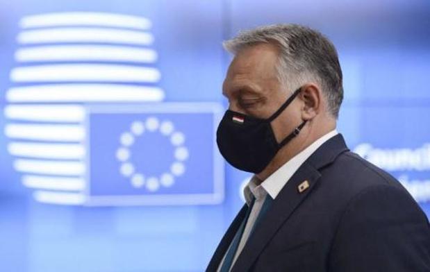 Europese Commissie treedt op tegen nieuwe beperking Hongaars asielrecht