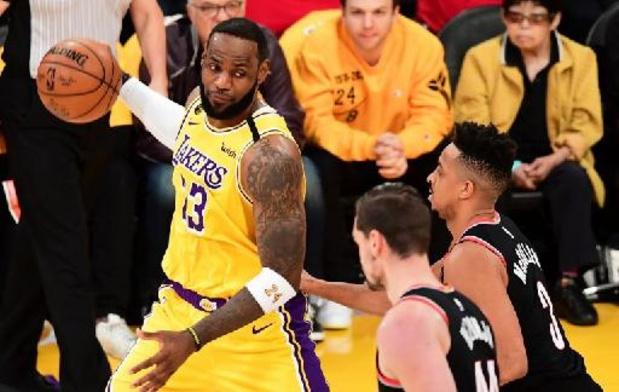 Les Lakers devront passer par le barrage pour les playoffs, Utah premier à l'Ouest