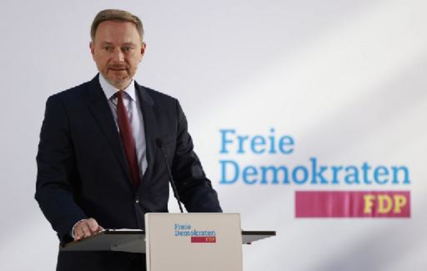 Allemagne: sociaux-démocrates, Verts et libéraux mèneront des discussions de coalition