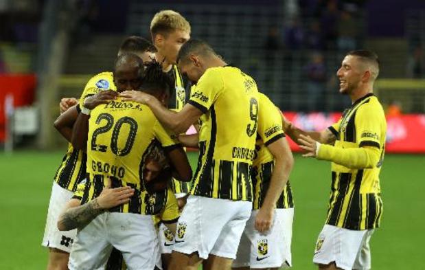 Les Belges à l'étranger - Loïs Openda et Vitesse s'inclinent à quelques jours de rencontrer Anderlecht