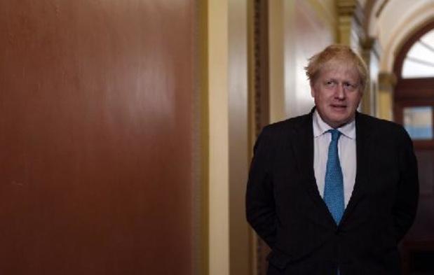 """""""Donnez-moi un break"""": Boris Johnson appelle Paris à se ressaisir"""