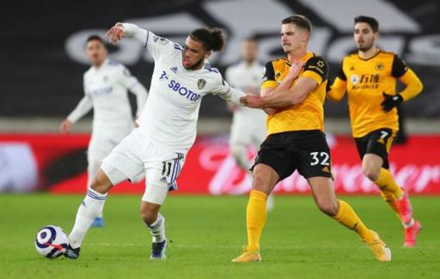 Belgen in het buitenland - Wolverhampton van Dendoncker klopt Leeds bij duel in Engelse middenmoot