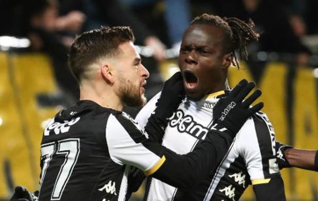 Jupiler Pro League - Charleroi derde na winst in inhaalwedstrijd tegen KV Mechelen