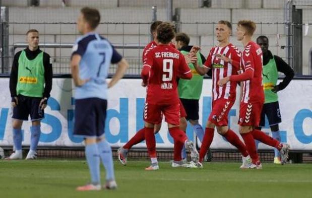 Bundesliga - Mönchengladbach laat derde plaats liggen na verlies in Freiburg