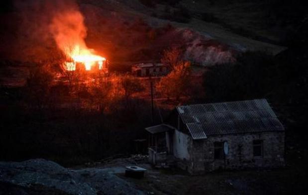 Conflict NAGORNO-KARABACH: Armenië krijgt meer tijd om troepen terug te trekken
