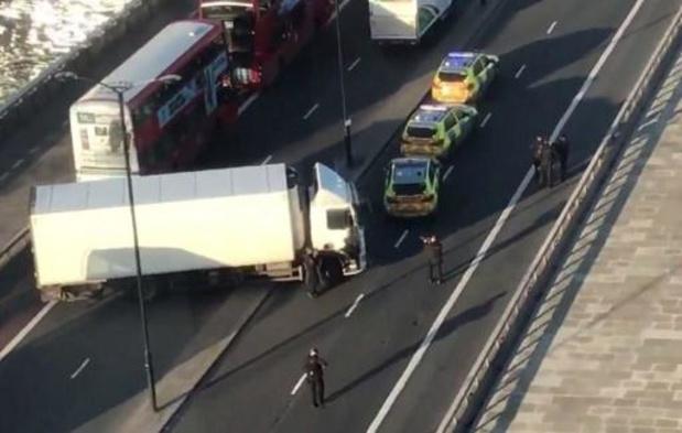 Verdachte steekpartij in Londen overleden, politie gaat uit van terreurdaad