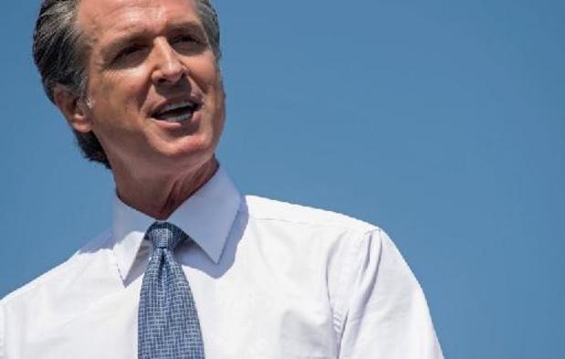 Kiezers verwerpen ontslag van gouverneur bij referendum in Californië