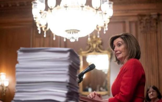 Nancy Pelosi veut voter une résolution limitant l'action militaire de Trump contre l'Iran