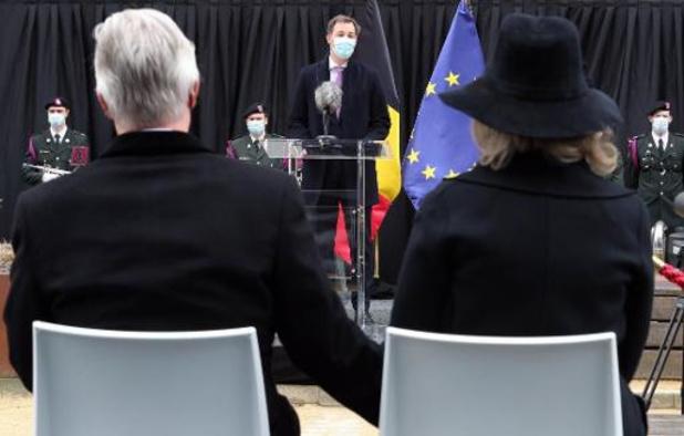 M. De Croo rend hommage aux victimes des attentats