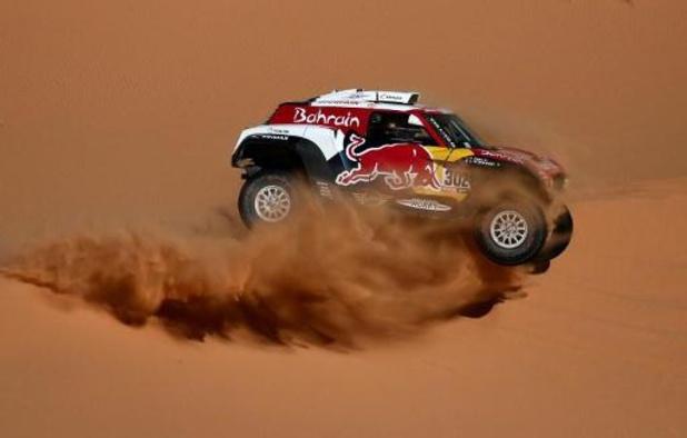 Dakar: Stéphane Peterhansel s'offre une 3e étape, Carlos Sainz mis sous pression