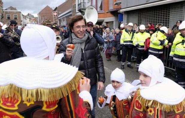 Elio Di Rupo en visite à Binche, privée de son carnaval