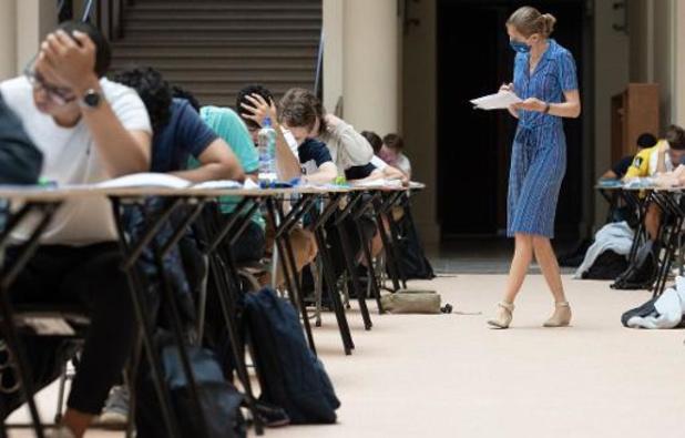VUB-studenten kunnen examens verplaatsen bij hinder door vaccinatie