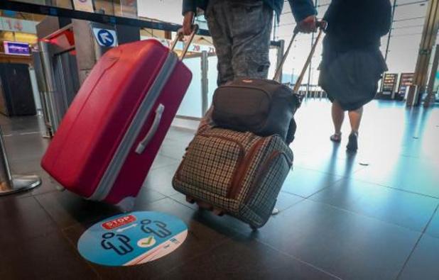 Brussels Airport: plus de 10.000 passagers mercredi, une première depuis 3 mois
