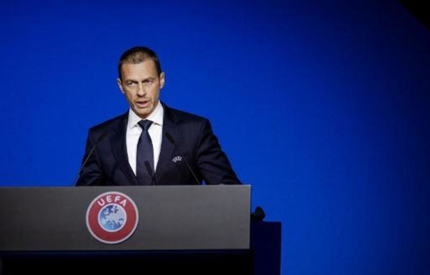 """UEFA-voorzitter looft aanpak in Bundesliga: """"Duitsland lichtend voorbeeld in voetbal"""""""