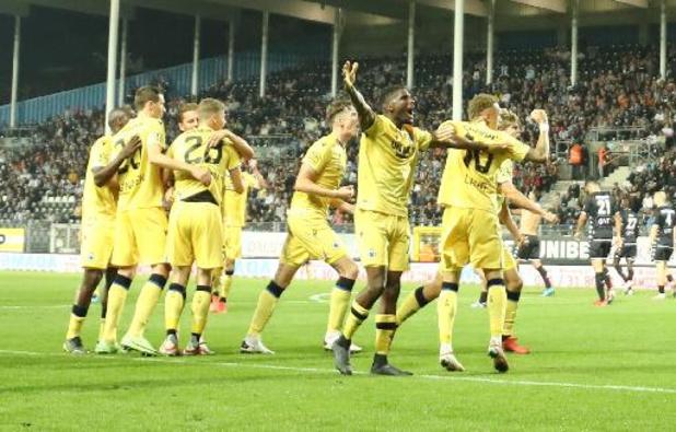 Jupiler Pro League - Club Brugge klopt Charleroi op een diefje na late winning goal van De Ketelaere