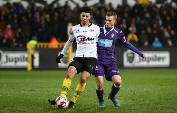 Le Sporting de Charleroi annonce le transfert d'Amine Benchaib
