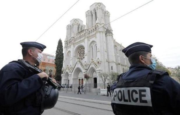 """Man aangehouden nabij Parijs die """"hetzelfde als in Nice"""" wou doen"""