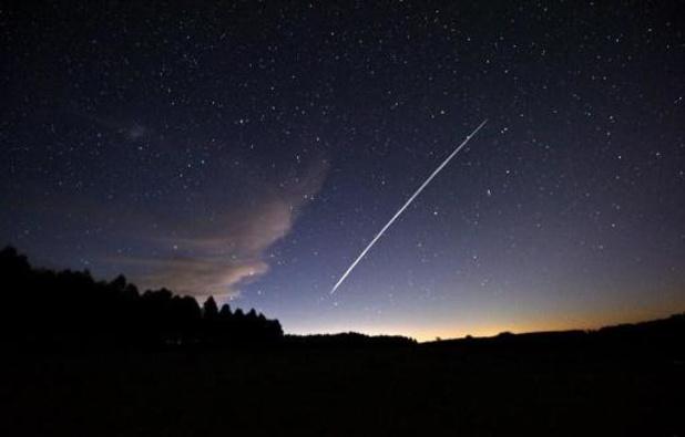 SpaceX lanceert weer eens zestig satellieten maar verliest raketttrap