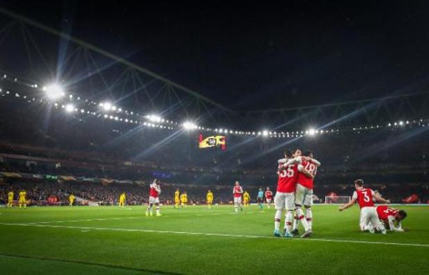 Europa League - Jeugdig Arsenal heeft geen kind aan onmachtig Standard
