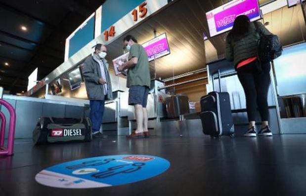 L'aéroport de Charleroi installe une zone de vérification des documents de voyage
