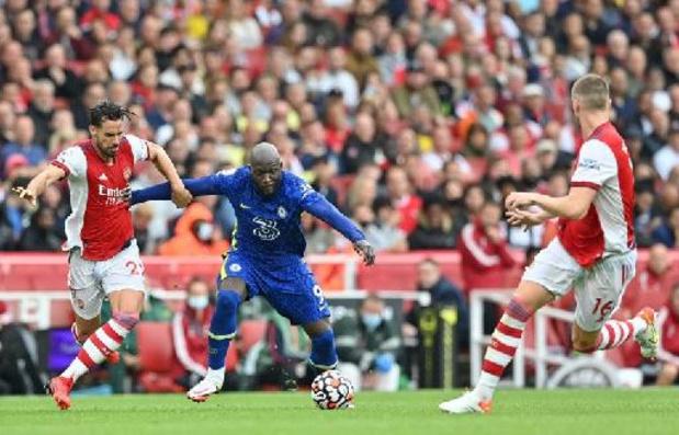 Belgen in het buitenland - Chelsea overklast Arsenal en Lokonga, Lukaku scoort meteen