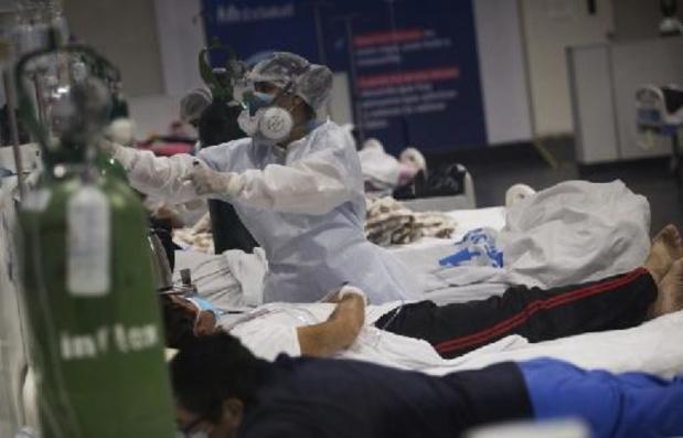 Covid: le Pérou réévalue le nombre des morts de 69.000 à 180.000