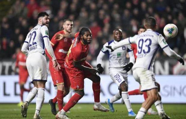 Jupiler Pro League - Antwerp en Anderlecht delen de punten op de Bosuil
